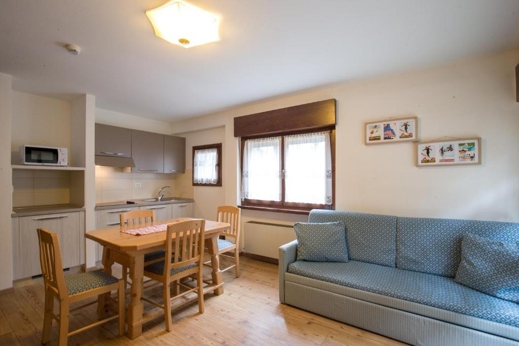 Residence Edelweiss, San Martino di Castrozza – Prezzi aggiornati ...