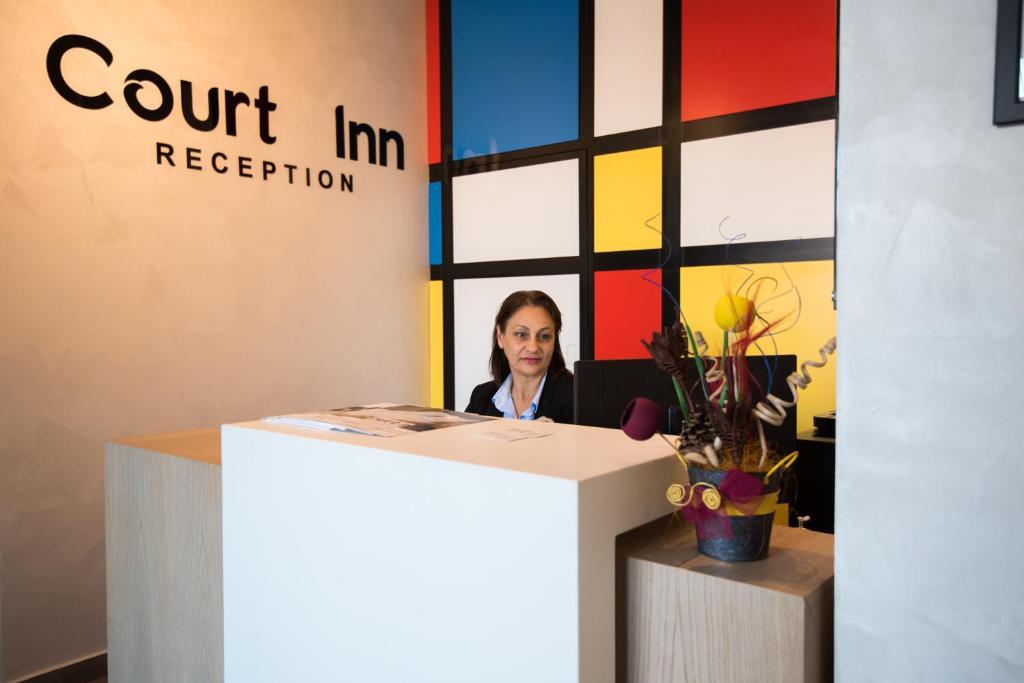 Хотел Court Inn - Панагюрище