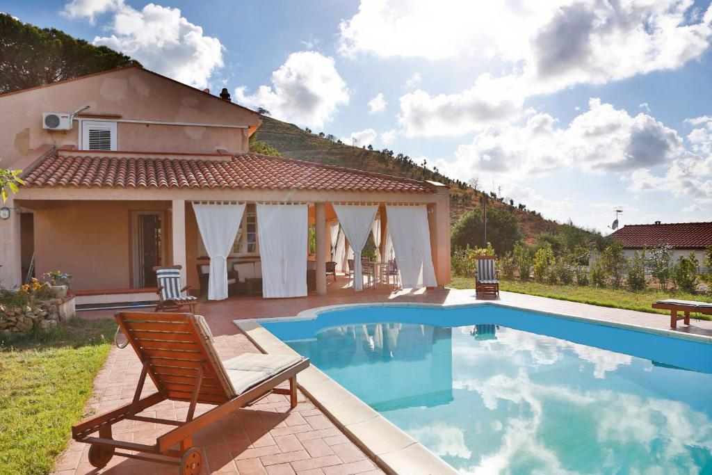 Nearby hotel : Villas Vacation Service - Cefalu' Countryside