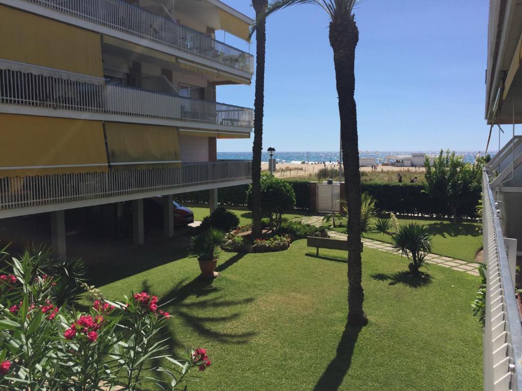 Apartments In Les Botigues De Sitges  Catalonia