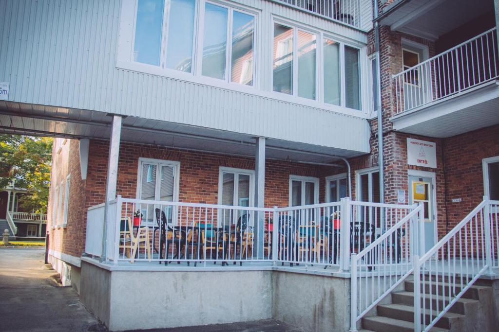Auberge De Jeunesse Des Balcons Baie Saint Paul Canada Booking Com