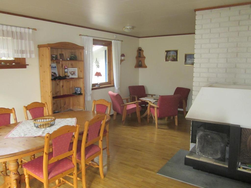 Vacation Home Norwegen - Traumhaus direkt am Fjord, Balestrand ...