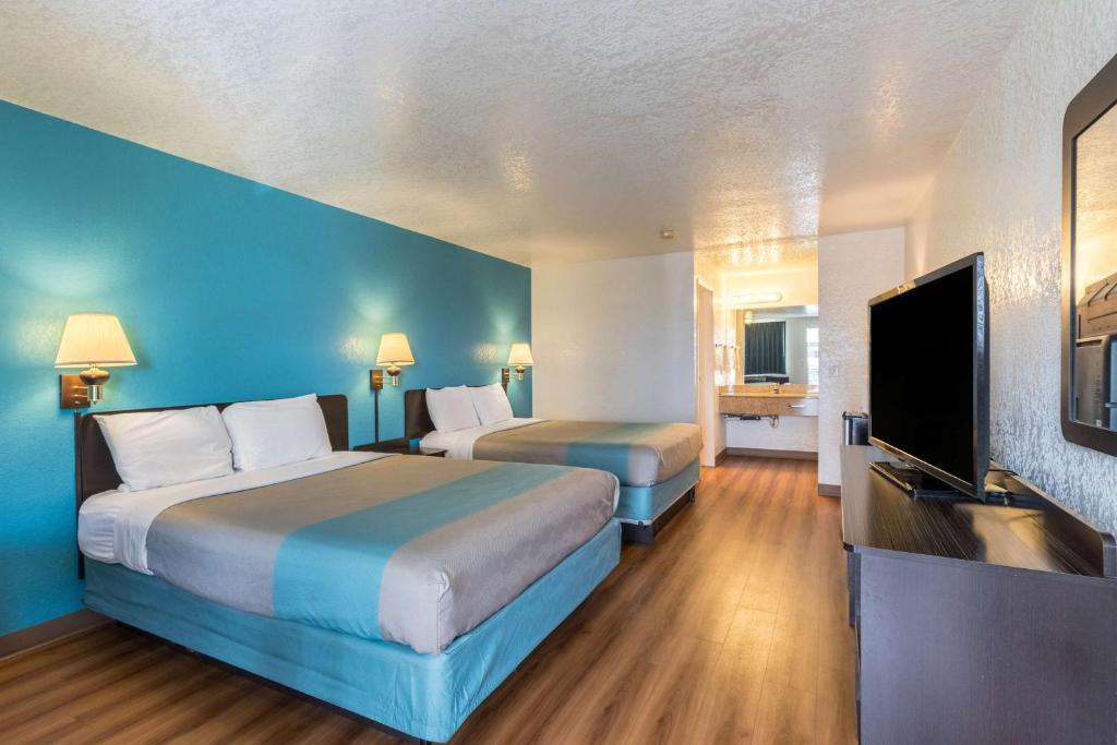 Motel 6 Astoria