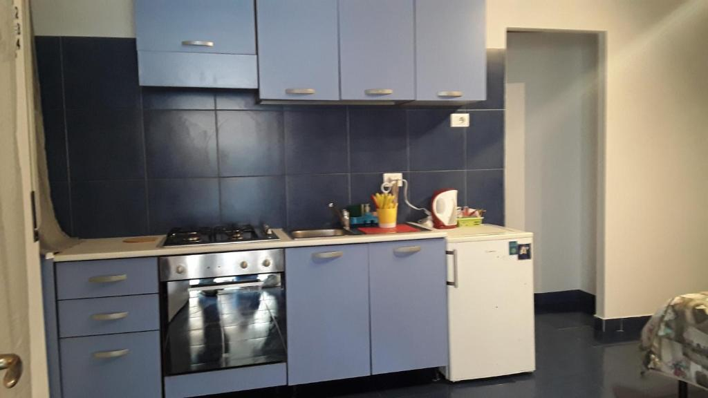A kitchen or kitchenette at Archimede