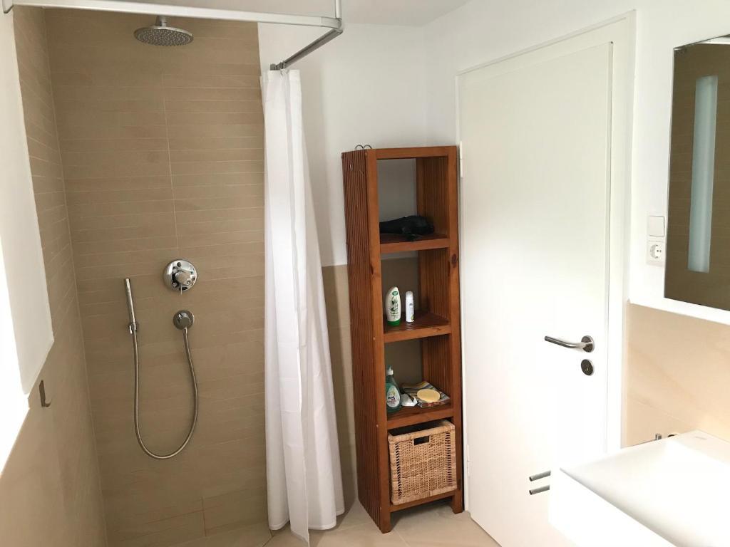 Moderne 1-Zimmer Wohnung, Prien am Chiemsee – Updated 2018 Prices