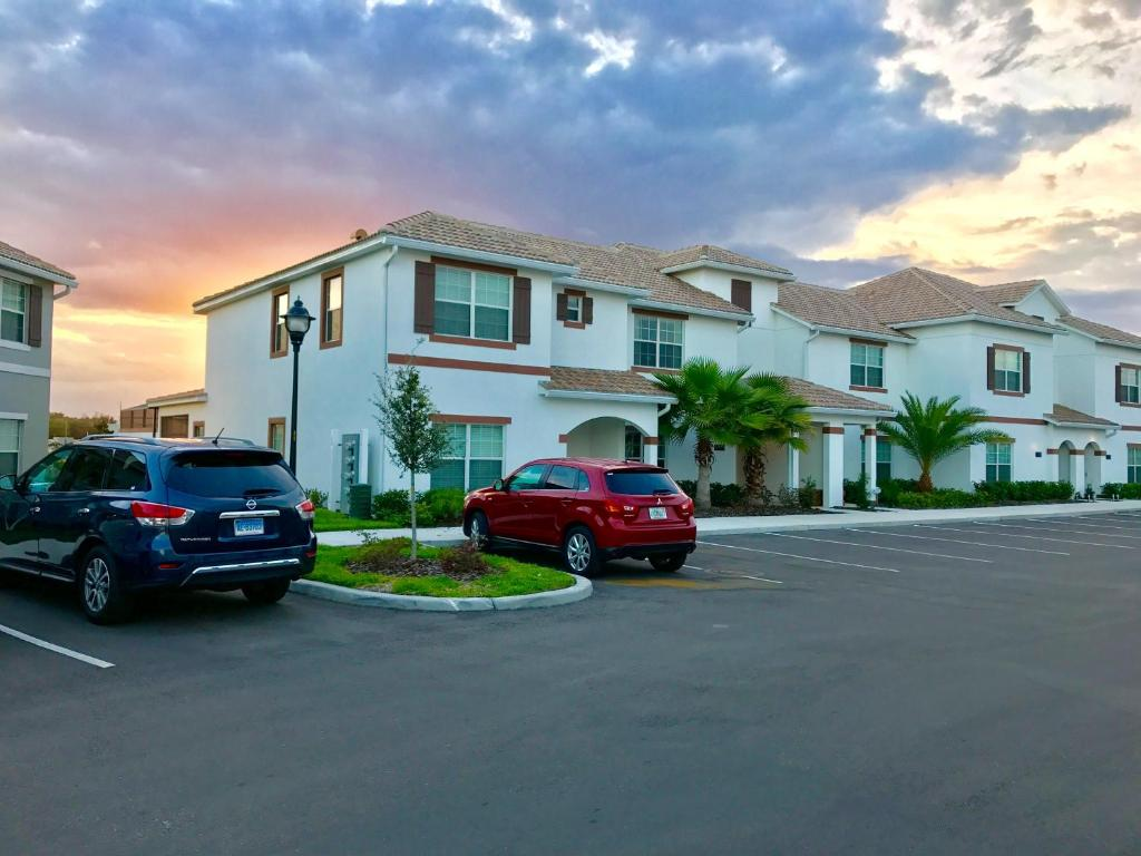 vacation home four bedrooms home with pool 3109 kissimmee fl