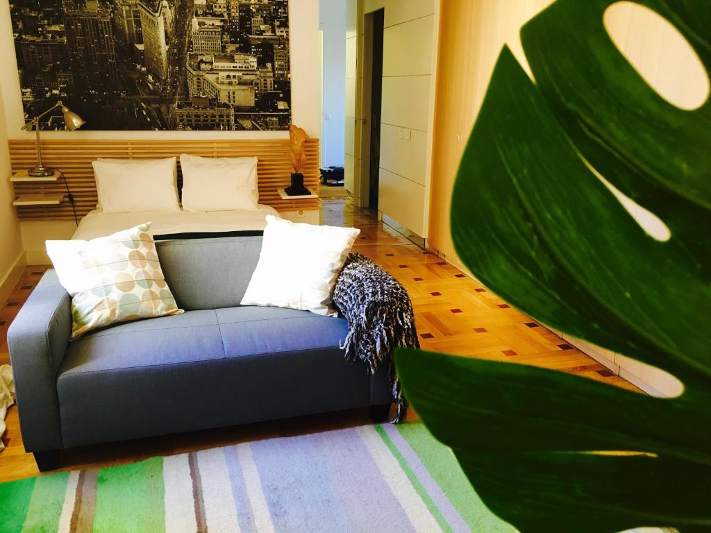 Charming studio in the elegant Madrid, Madrid – Precios actualizados ...