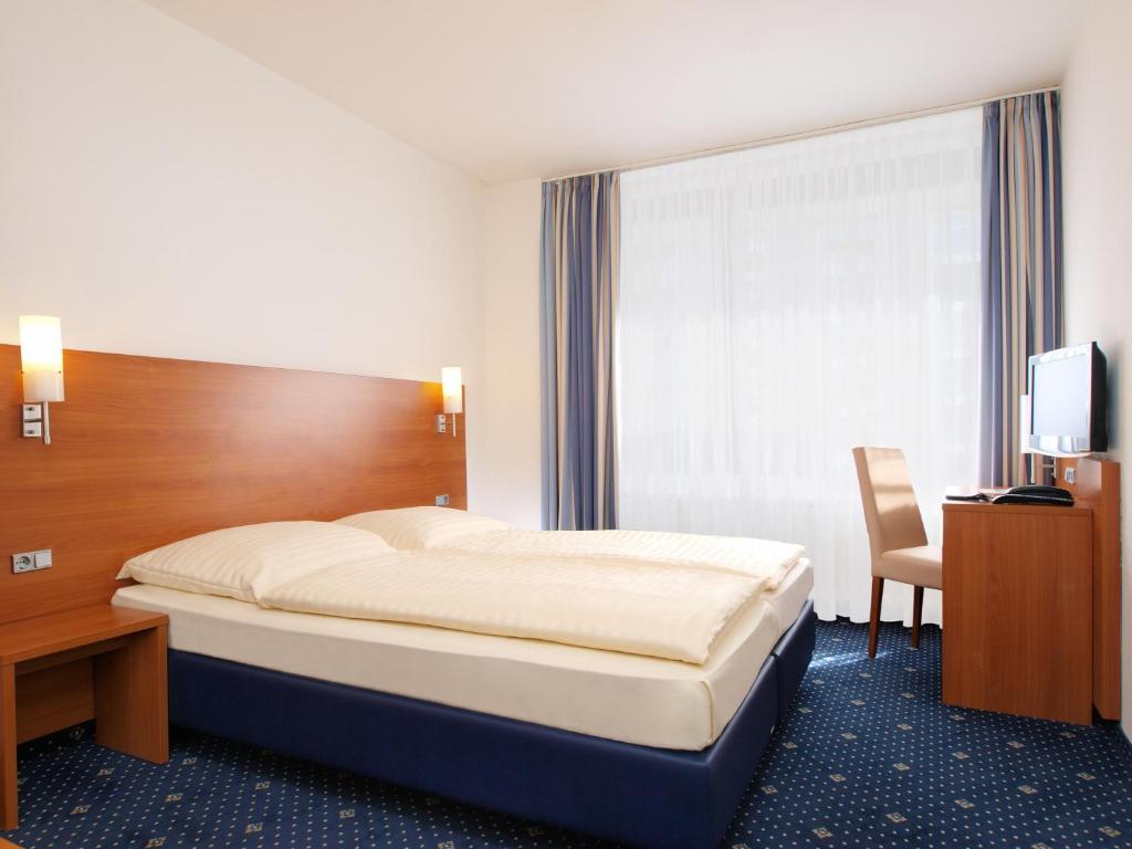 Hotel Callas am Dom (Deutschland Köln) - Booking.com