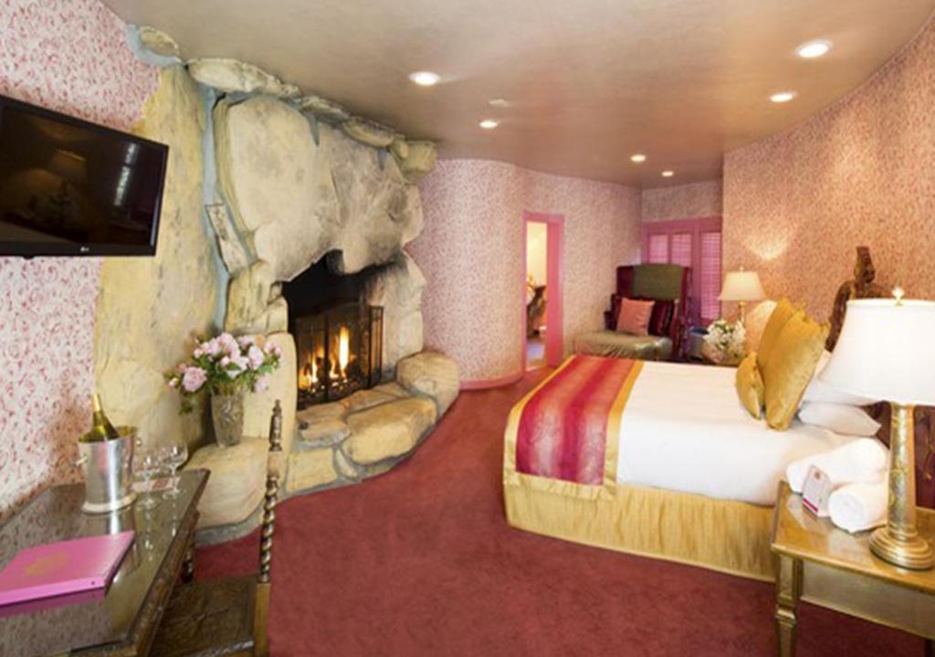 t-ec.bstatic.com/images/hotel/max1024x768/117/1178...