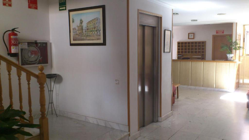 Pension Hostal Juanito (Spanje Móstoles) - Booking.com