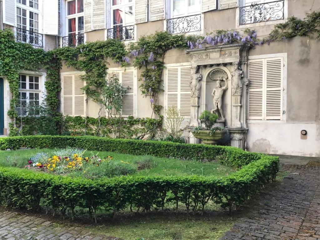 Appartement Jean 3, Nancy, France - Booking.com