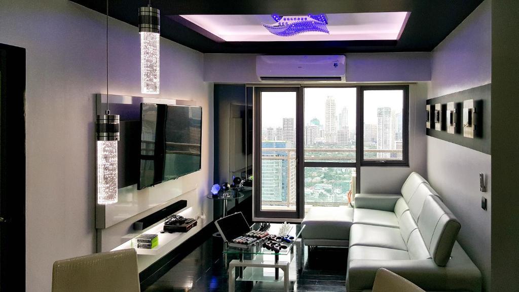 Ferienwohnung Modern Luxury Lower Penthouse Unit (Philippinen Manila ...
