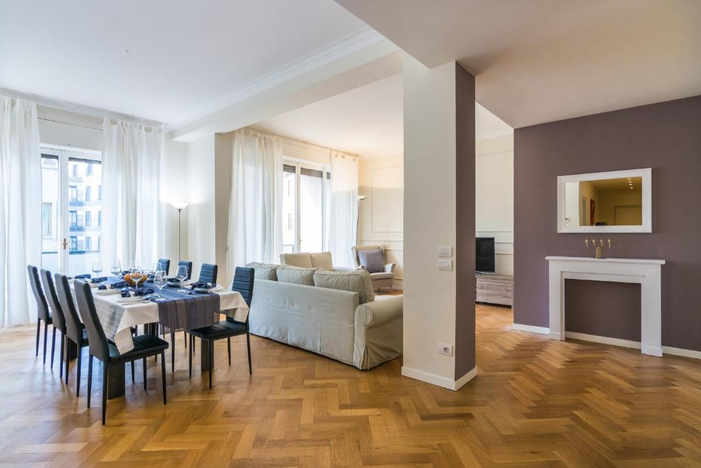 apartment luxury 3 bedrooms 500m from duomo milan italy booking com rh booking com