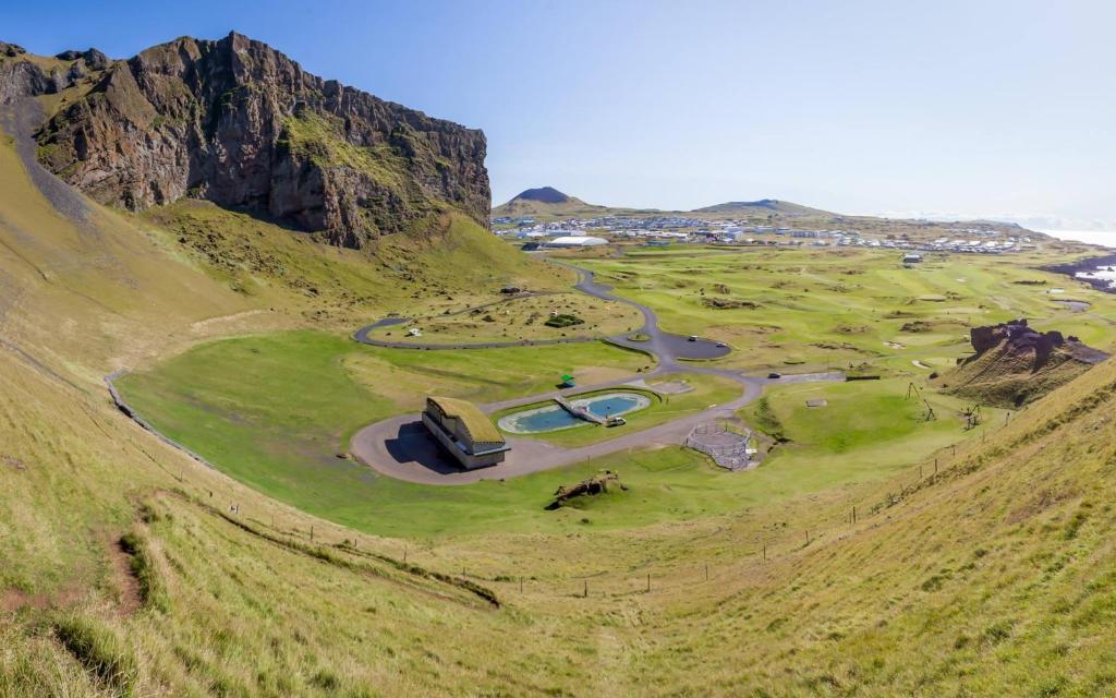 A bird's-eye view of Naturebox Luxury | Vestmannaeyjar