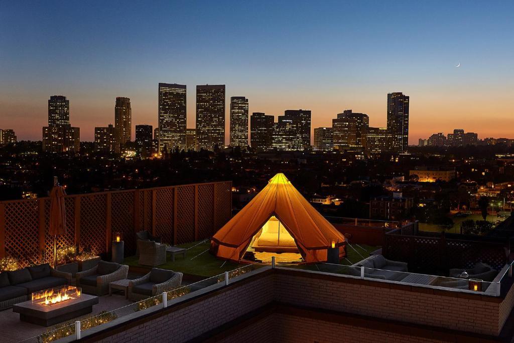 ビバリーウィルシャー、フォーシーズンズホテル(Beverly Wilshire, A Four Seasons Hotel)