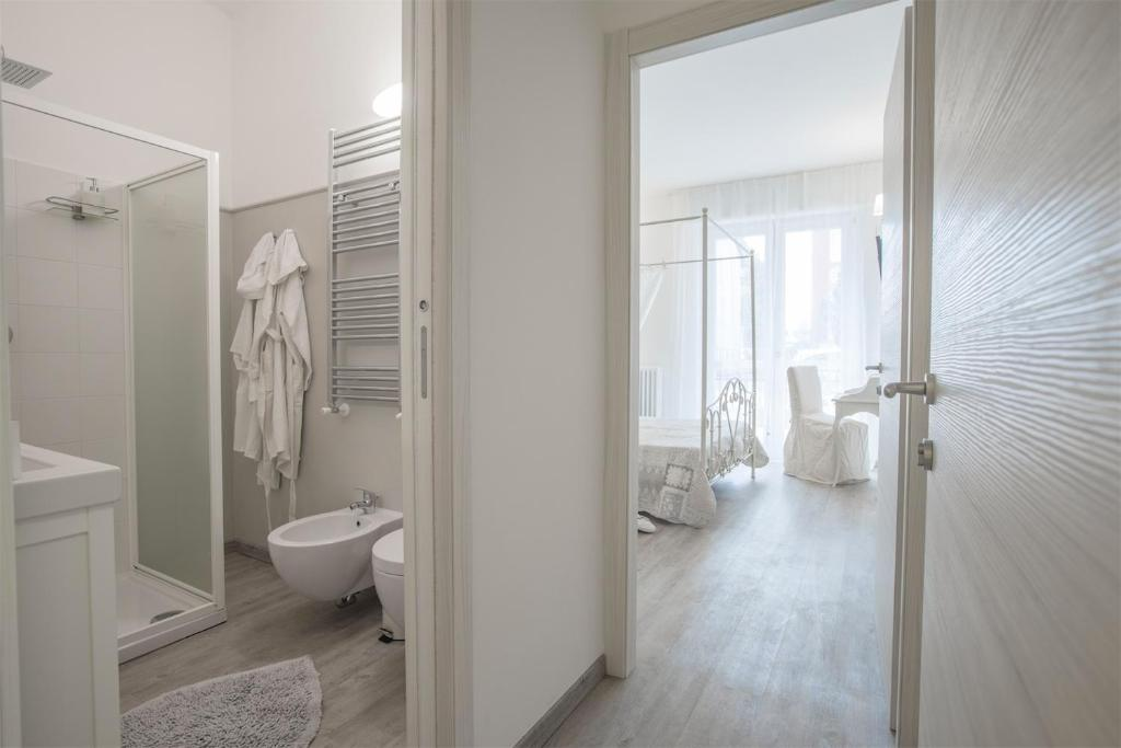 Bagno Chic Rho : Bed & breakfast lilly chic monza italien monza booking.com