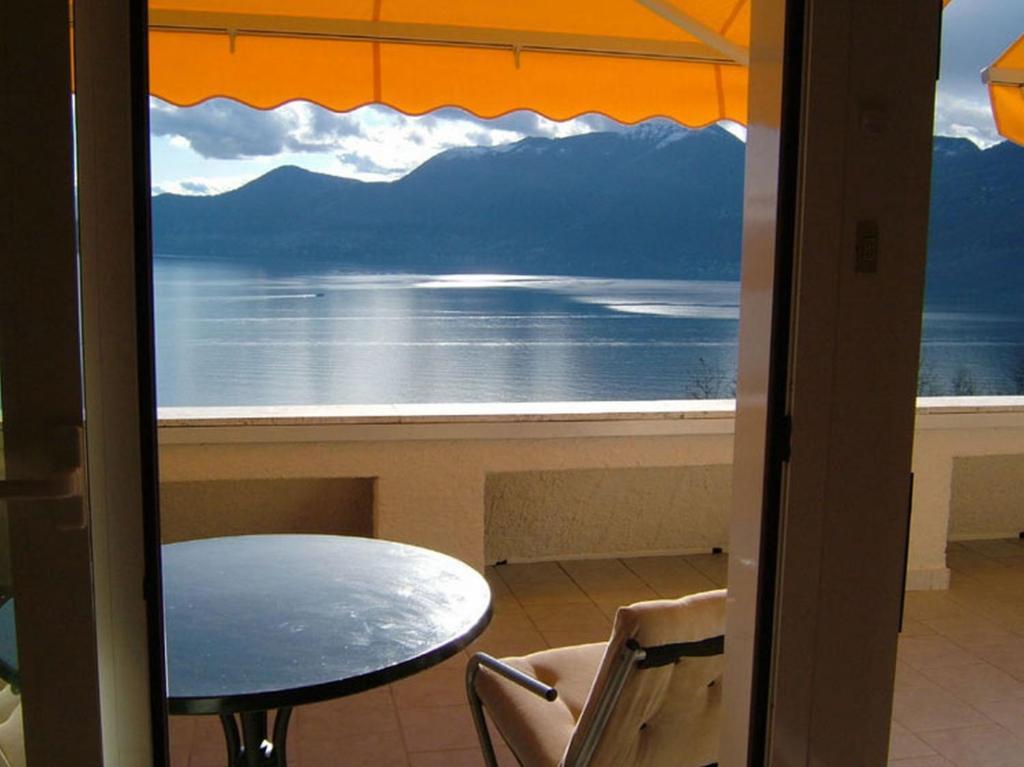 Apartment Terrazza sul Lago, Luino, Italy - Booking.com