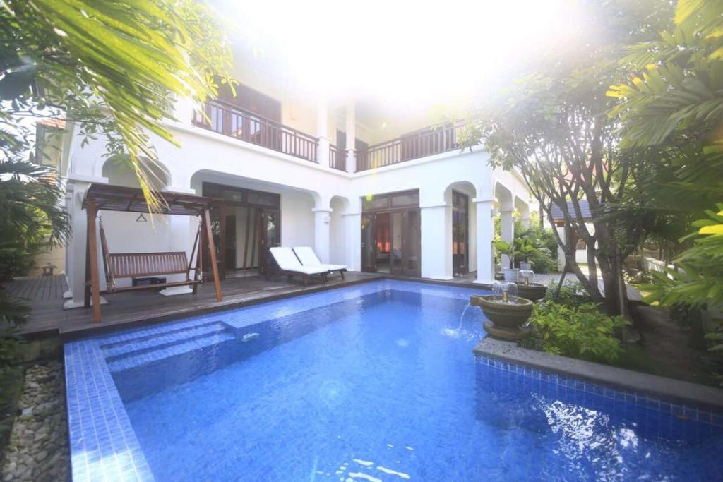 Asian Villa - Furama Danang Villas (Vietnam Đà Nẵng) - Booking.com