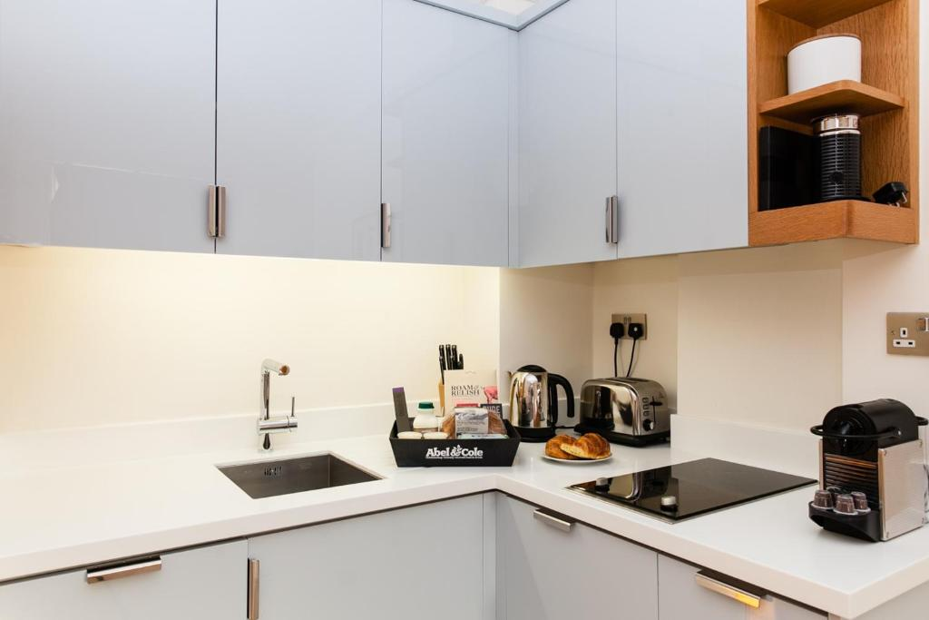 Apartment blueprint living doughty london uk booking gallery image of this property malvernweather Choice Image