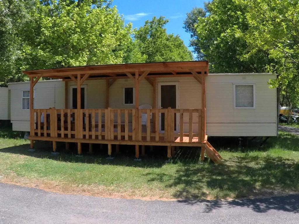 Mobilheim Mieten Ungarn : Campingplatz mobilehome lili ungarn alsóörs booking