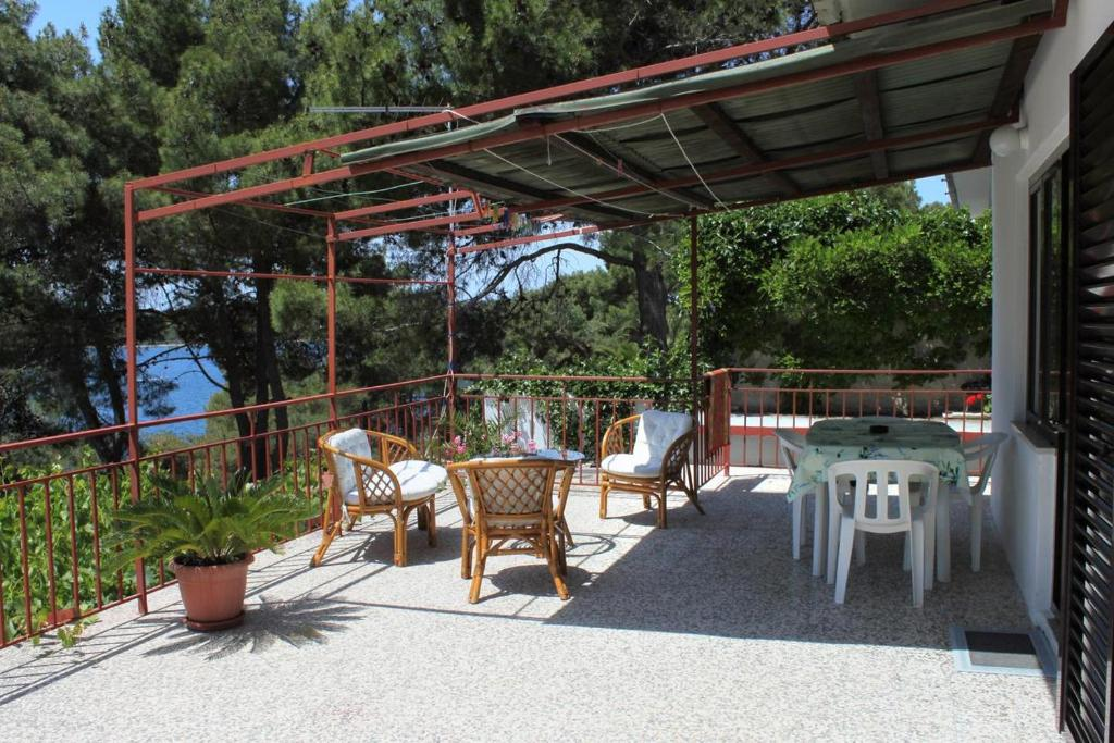 Apartment Mali Losinj 8006b Hotel - room photo 8943848