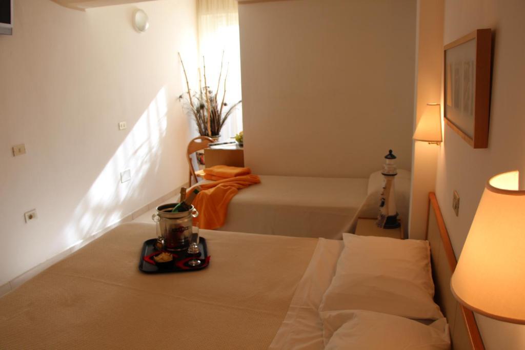 Hotel antares italia cattolica booking.com