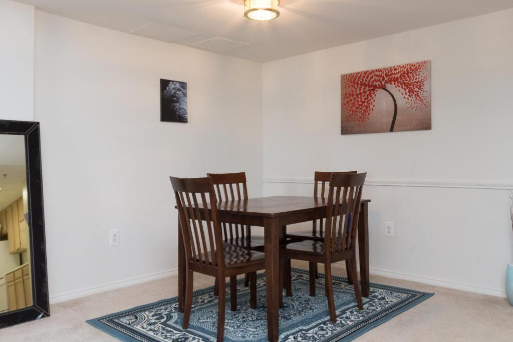 Apartment Luxury 2 Bedroom By Metro Arlington Va
