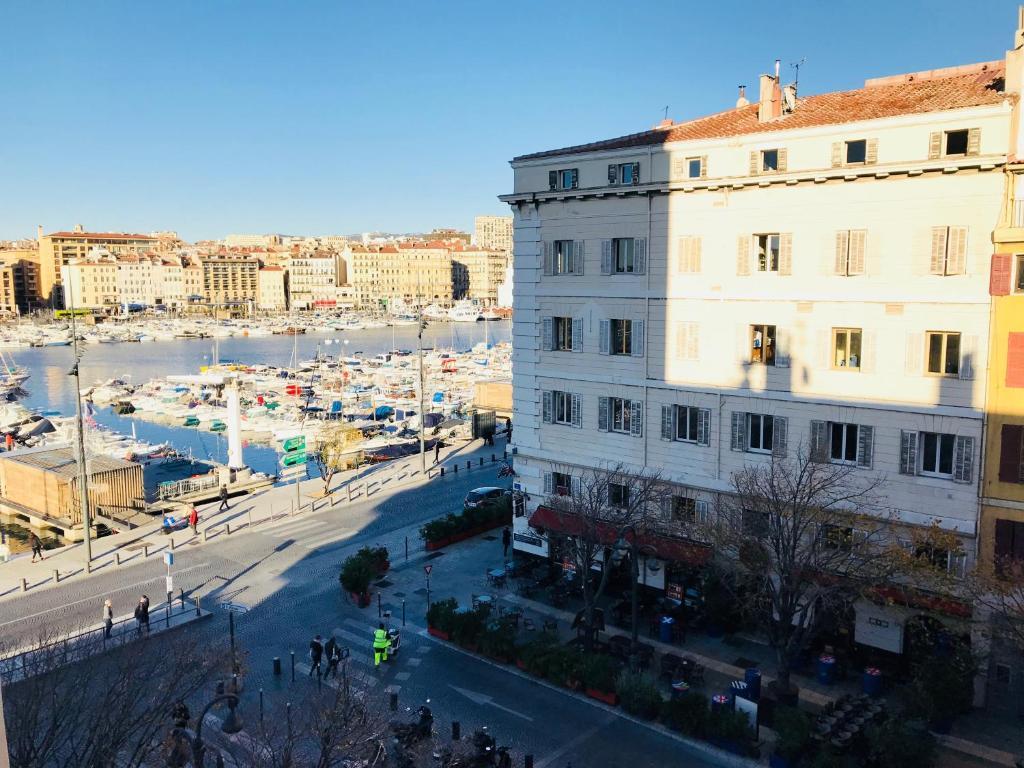 Bel appartement vue sur le vieux port marseille tarifs 2019 - Parking marseille vieux port ...