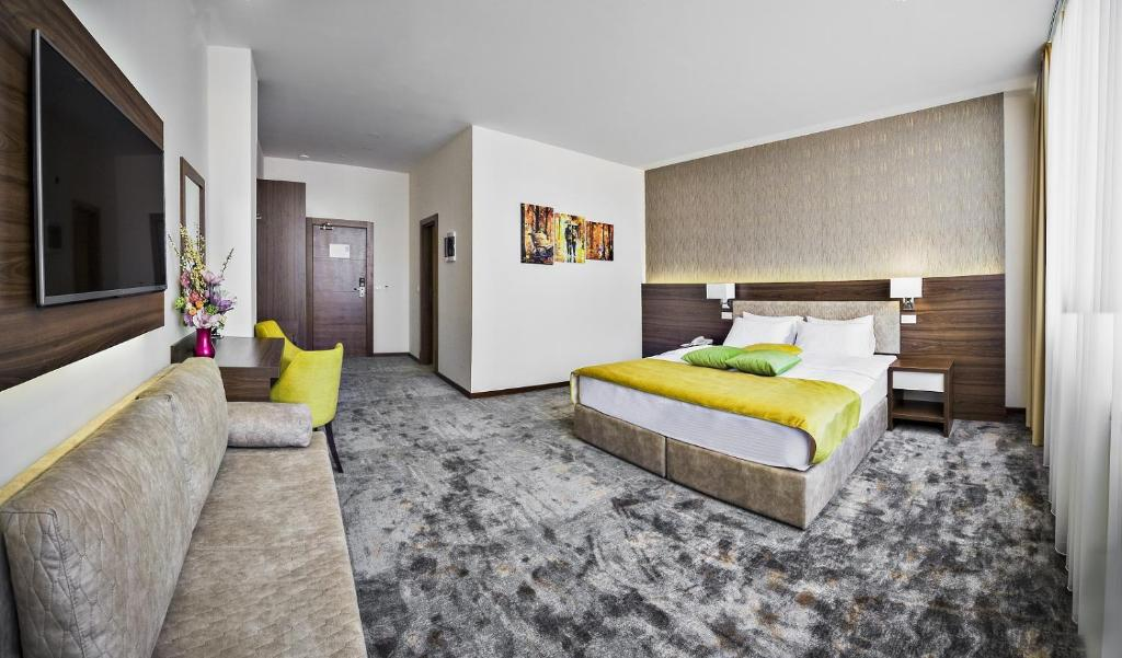 bed and breakfast marshal luxury rooms belgrade serbia booking com