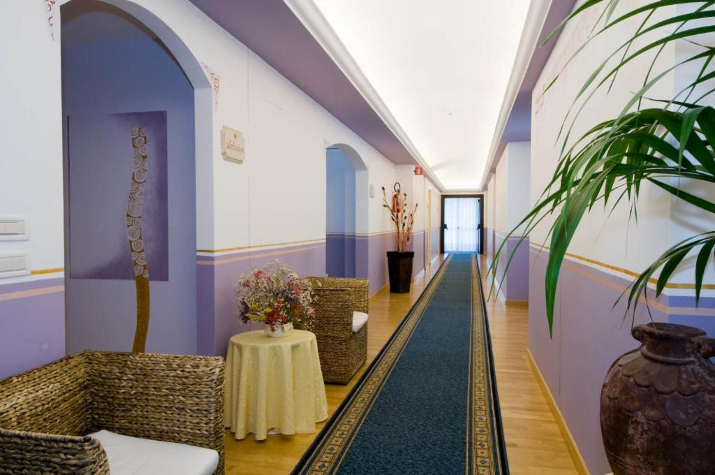 Hotel Terme Imperial, Montegrotto Terme, Italy - Booking.com