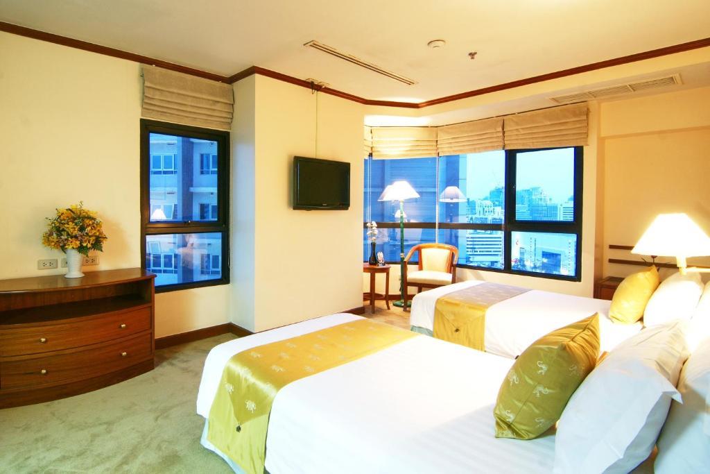 Grand Diamond Suites Hotel Bangkok Booking Com