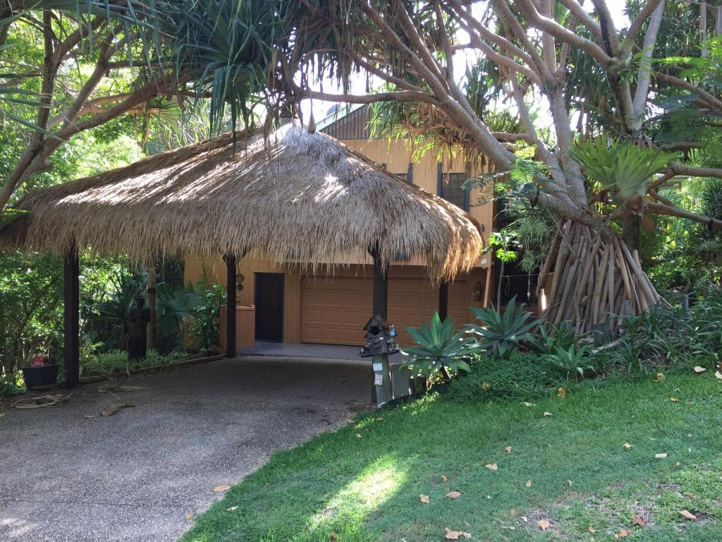 The Top Eco Lodges and Jungle Resorts in Belize – Belize ...  |Belize Treehouse Accommodation Near Beach