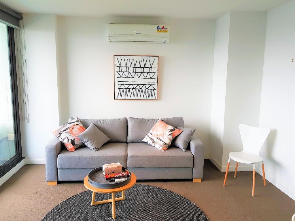 Apartment Readyset on Upper West Side, Melbourne, Australia ...