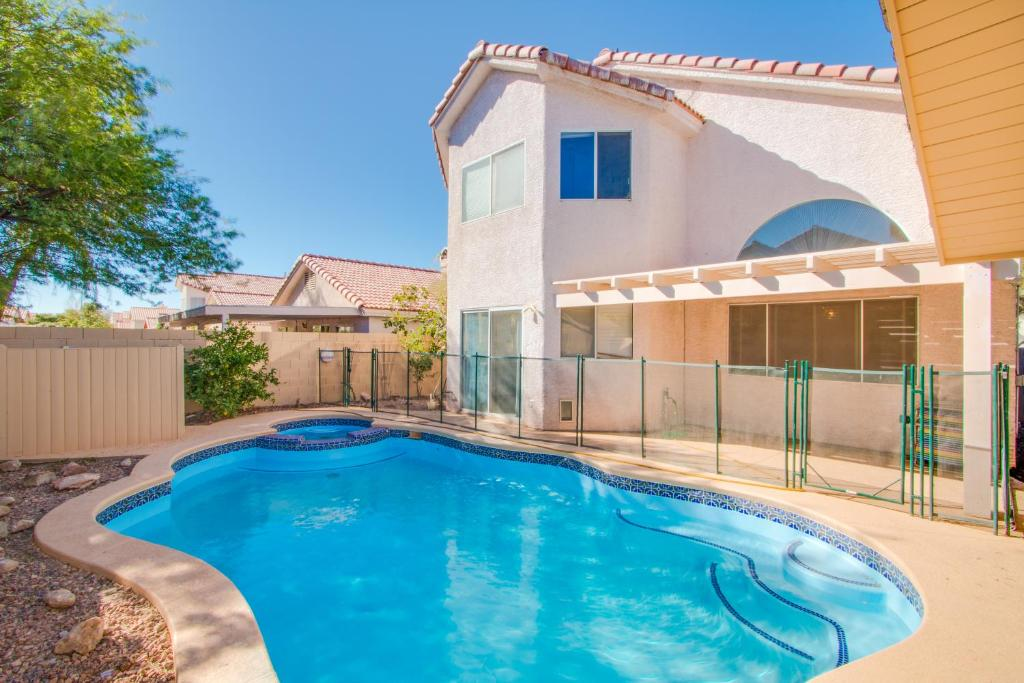 The swimming pool at or near Red Rock Vacation Villa
