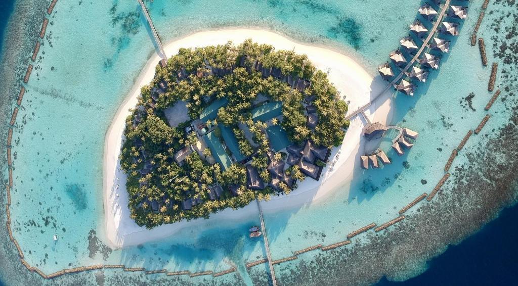 Vakarufalhi Island Resort - All Inc, Dhangethi, Maldives - Booking.com