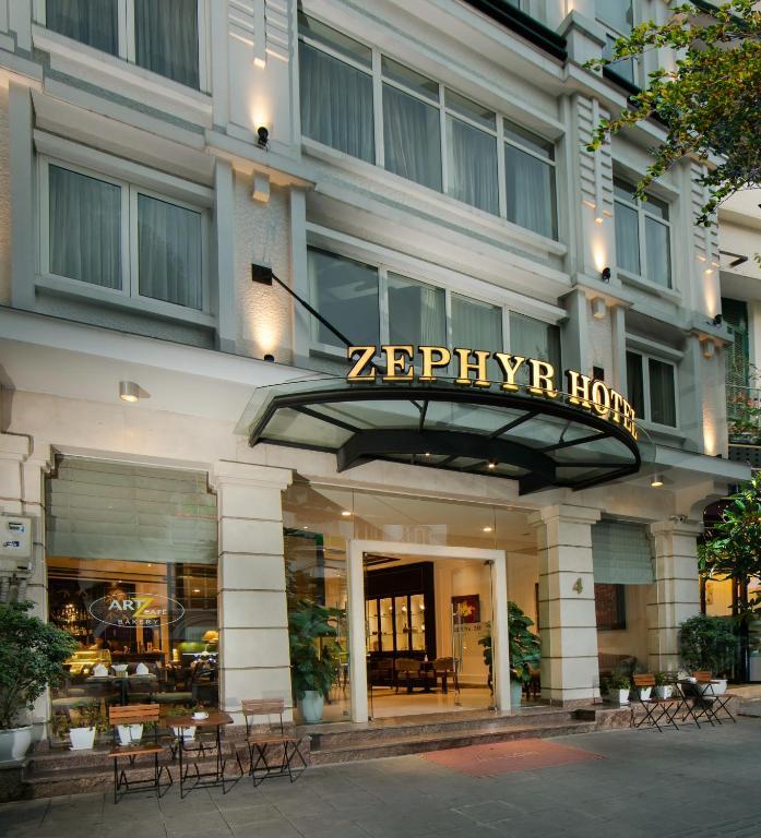 Khách Sạn Zephyr