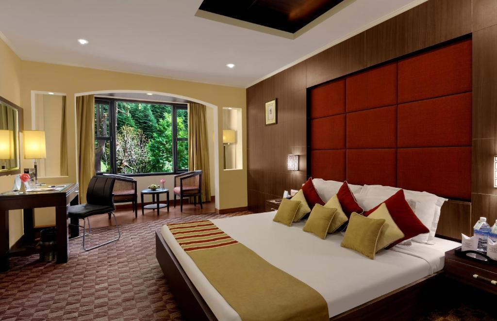 Quality Inn and Suites River Country Resort