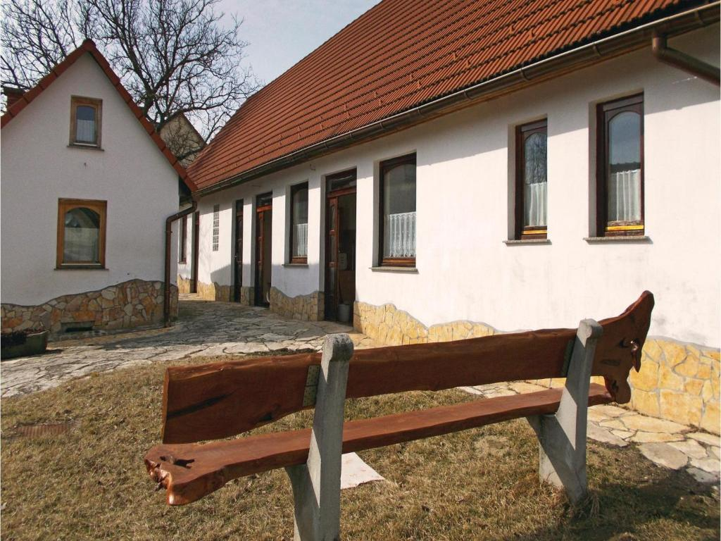 Outdoor Küche Aus Ungarn : Two bedroom holiday home in kisszekely ungarn kisszékely
