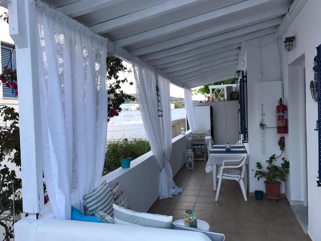 Apartment Morpheus Rooms, Kinion, Greece - Booking.com