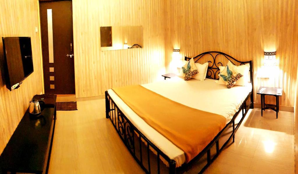 Hostel Bombay Backpackers Matheran India Booking Com