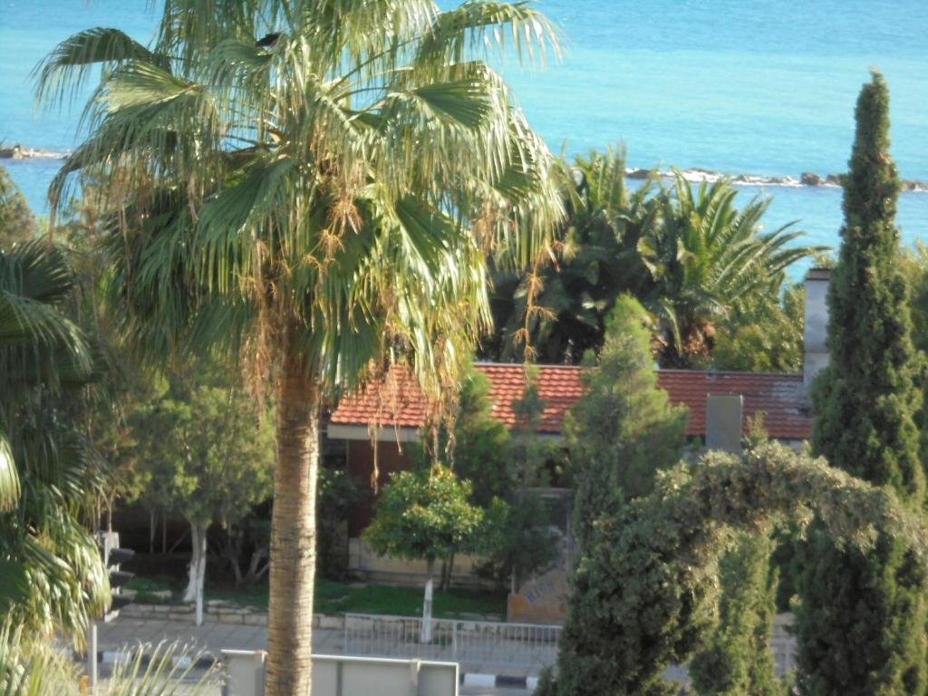 Lordos Beach Gardens, Limassol – Updated 2018 Prices