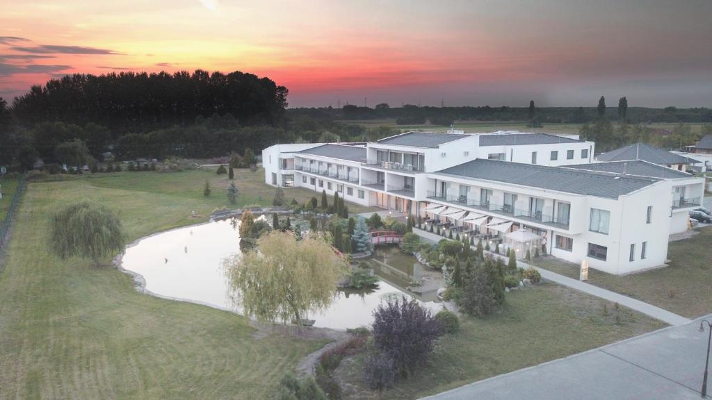 főnix lakópark debrecen térkép Garden Hotel Medical & Spa, Debrecen – 2018 legfrissebb árai főnix lakópark debrecen térkép