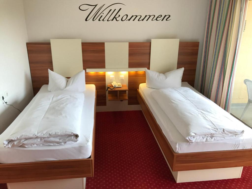 central hotel apart m nchen munich updated 2018 prices. Black Bedroom Furniture Sets. Home Design Ideas