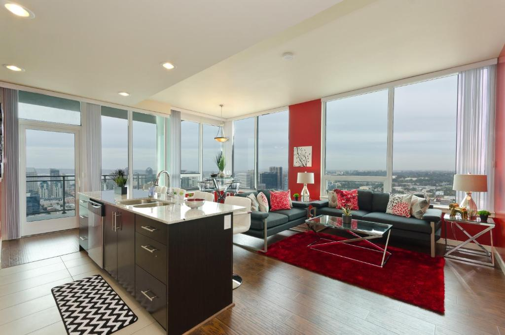 Apartment Downtown San Diego Vip High Rise 3br2ba Suite Ca