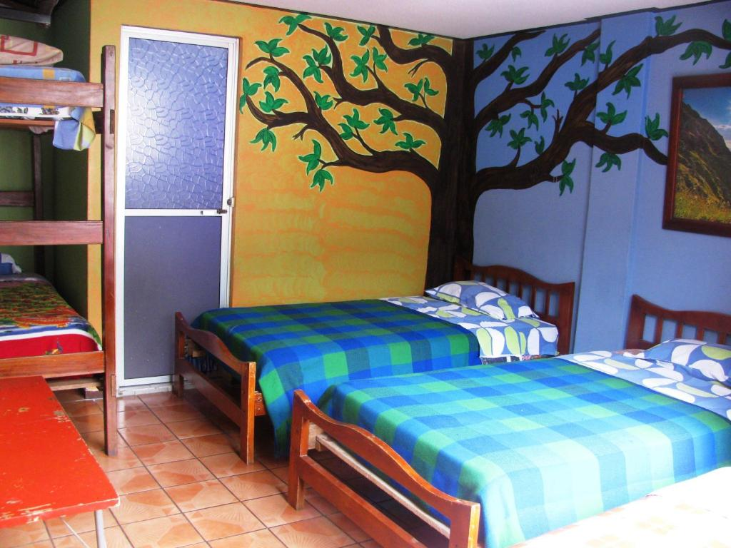 Hostel Transilvania (Ecuador Baños) - Booking.com