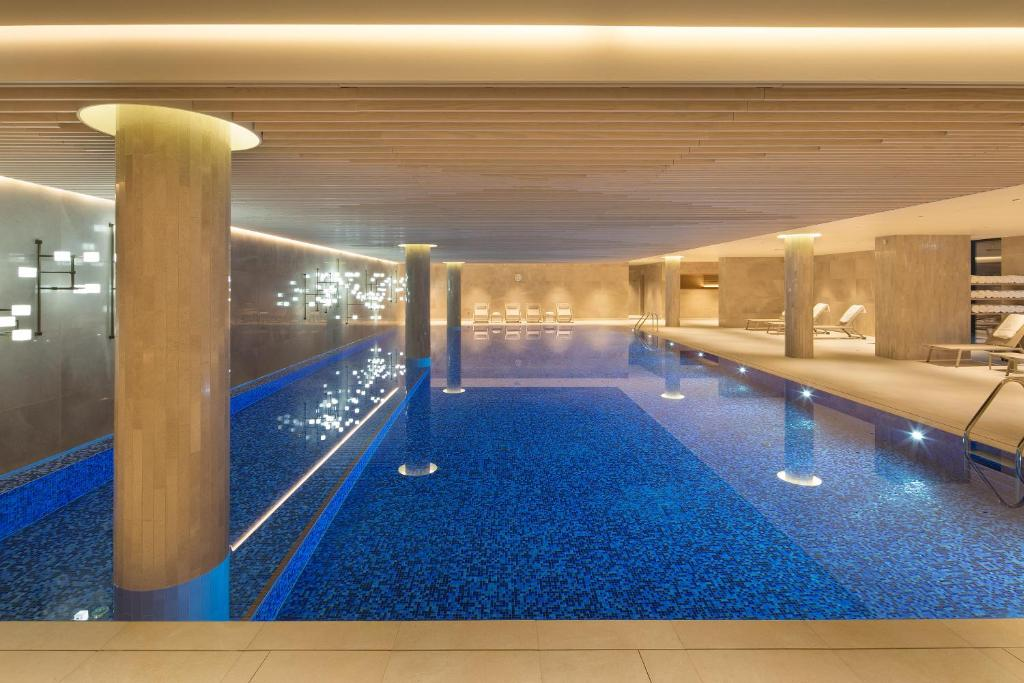 The swimming pool at or near Tangla Hotel Brussels
