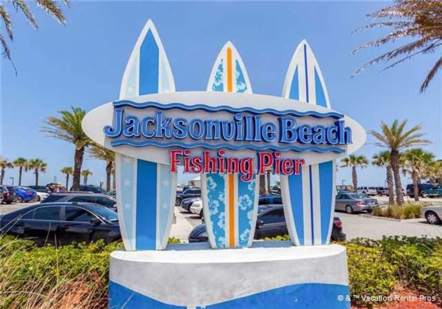 Apartment jacksonville waterford 10a three bedroom condominium jacksonville beach fl for 3 bedroom hotels in jacksonville fl