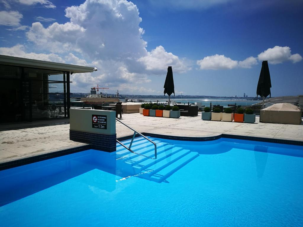 Heritage apartment auckland new zealand - University of auckland swimming pool ...