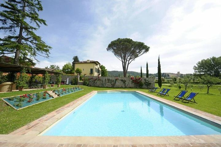 Villa giulio lucca italy - Hotels in lucca italy with swimming pool ...