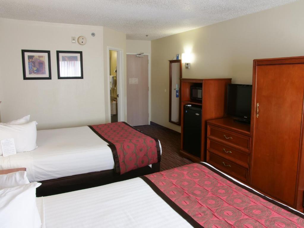 baymont inn suites louisville ky booking com
